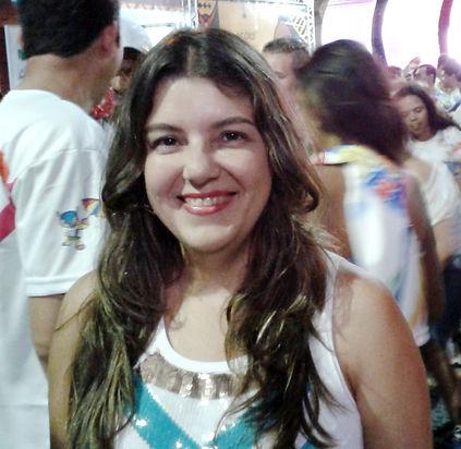 Foto Cintia Paiva Cor.jpg