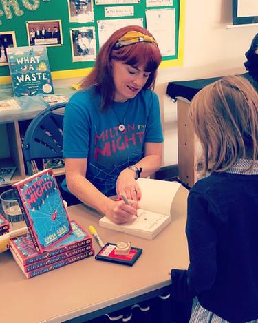 Signing in school