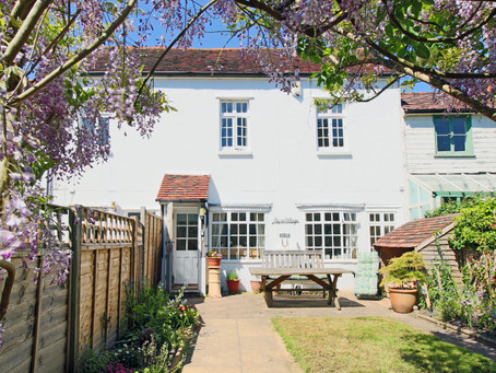NEW: A charming 3 bedroom 2 bathroom terraced cottage set within the desirable location of East E...