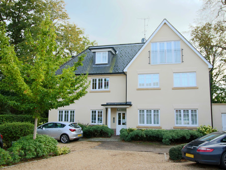 PRICE REDUCTION: Beautiful top floor apartment situated in the centre of Hassocks