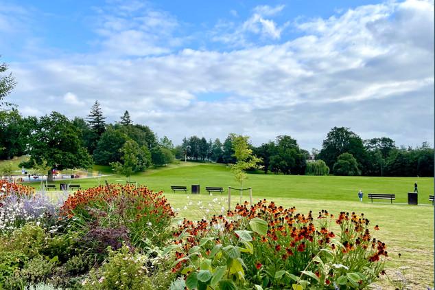 Victoria Park, Haywards Heath 1.jpg