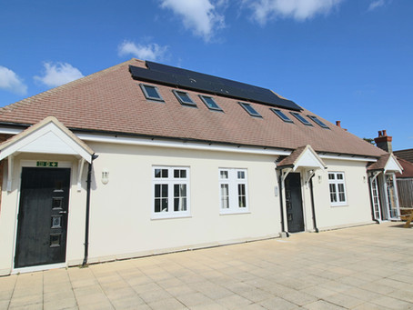 To Let: A modern purpose built unfurnished luxury one bedroom apartment being only one hundred