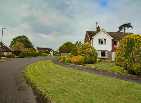 Price Reduced on this Spacious detached family home in a prime cul-de-sac location.