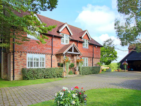New: A well designed and quality built individual Sussex style four bedroom home with ...