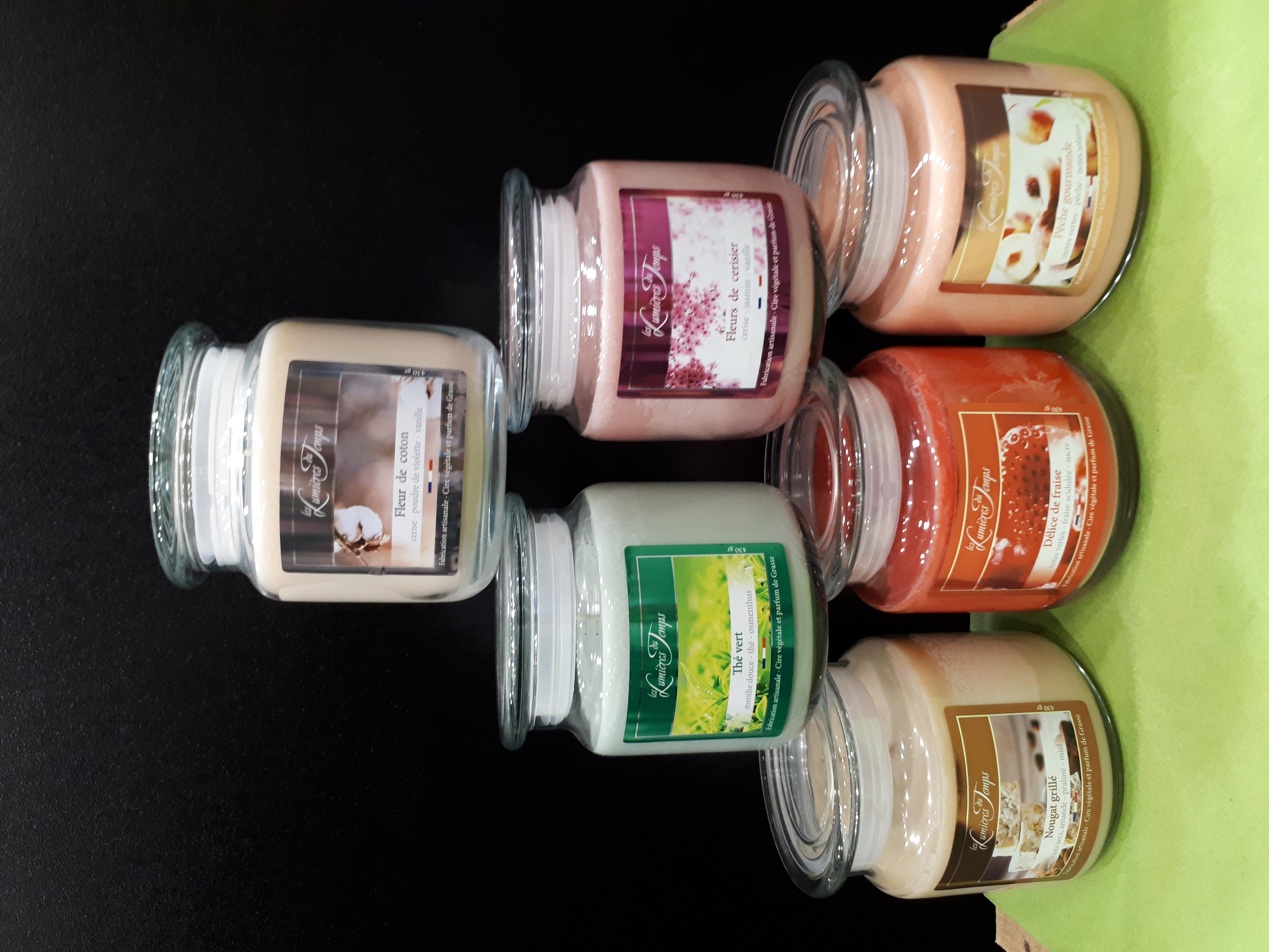 Bougies colorées parfum de grasses