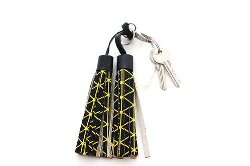 Double tassel black keyring
