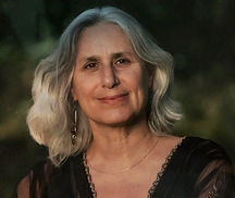 Photo Susan Portrait.jpg