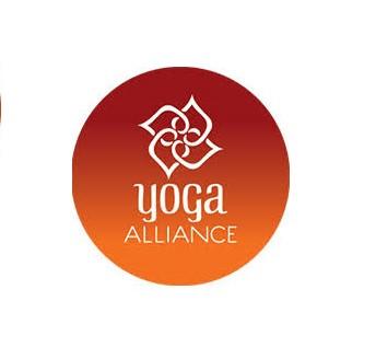 Acreditación de la escuela internacional  Yoga Alliance de nuestra sala y profesores