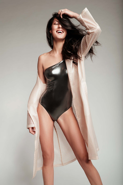 rebecca-mir-model-fotograf-smile-happy-l
