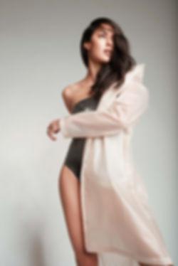 rebecca-mir-model-fotograf-mantel-model-