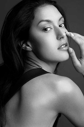 rebecca-mir-model-fotograf-sedcard-model