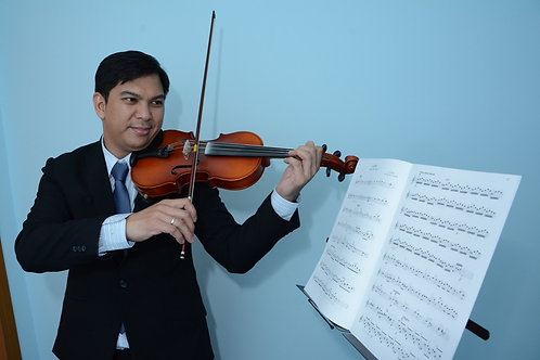 Violin by Christopher Tomas - Starts at $35/hr