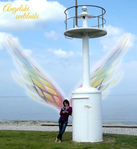 Svetilnik-in-angeli.jpg