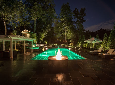 Firepit and swimming pool