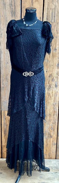 Original 1920's Velvet and Lace Floral Flapper Evening Dress