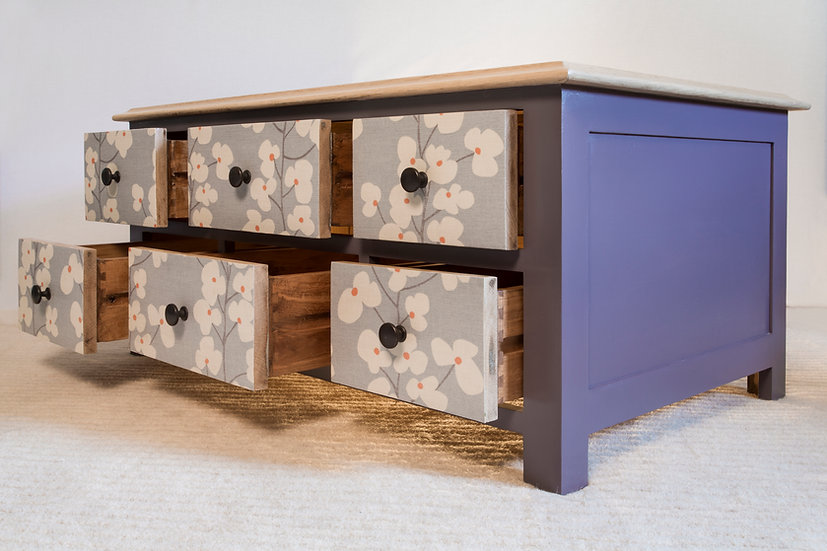 Oak Wallflower Coffee Table