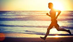Tips-for-barefoot-beach-running-cover.jpg
