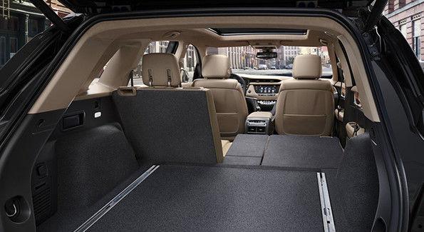 2018 XT5 interior 95x325 003.jpg