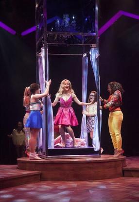 Legally Blonde - Sacramento Music Circus (Lauren Zakrin)