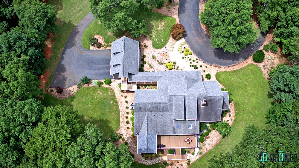 With aerial photography, you can easily display all amenities of a property in one image.