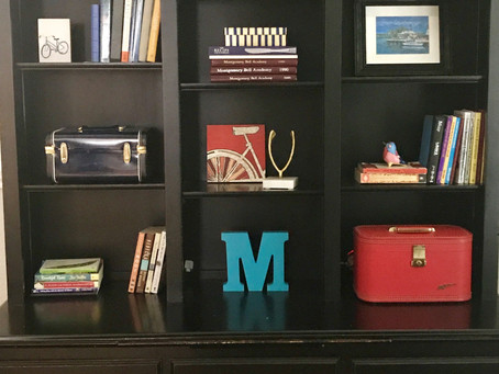 Easiest Bookshelf Makeover Ever