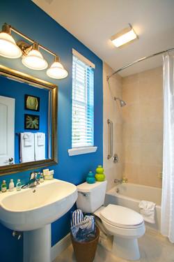 Bayside Blue Bath