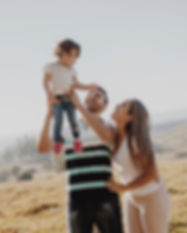 child-enjoyment-family-2015966.jpg