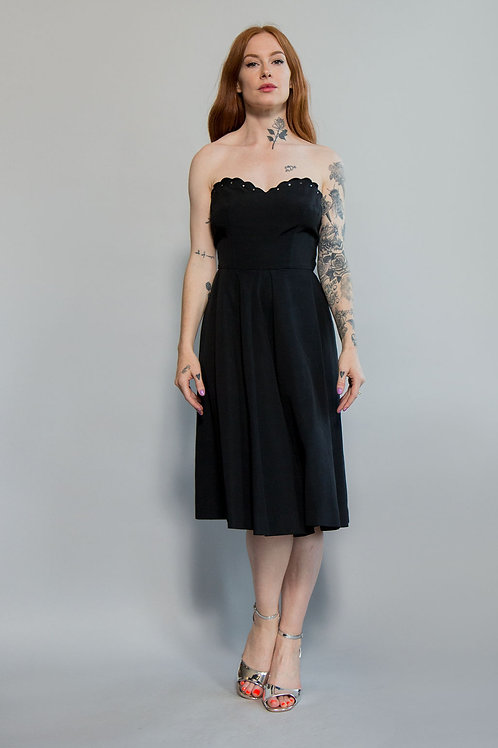 Scalloped Edge Strapless Dress
