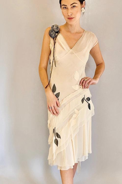 Alberta Ferretti White Silk Chiffon Floral Applique Slip 3 Layer Dress
