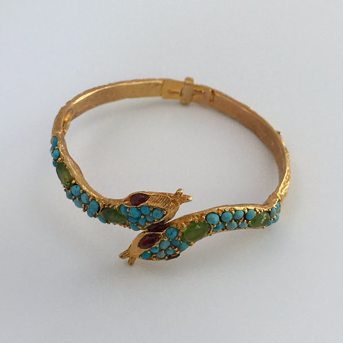 18K Gold and Turquoise Bracelet