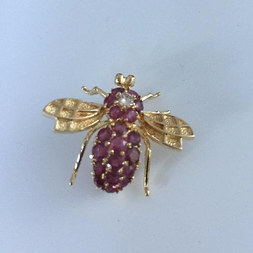 14K Bee Figure Brooch