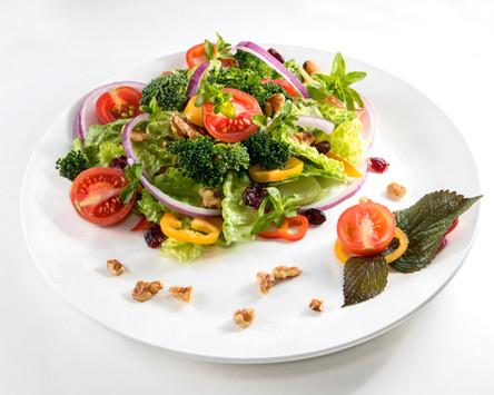 styling salad, hawaii food photographer