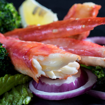 Delicious Crab legs meats, hawaii food & drink photography
