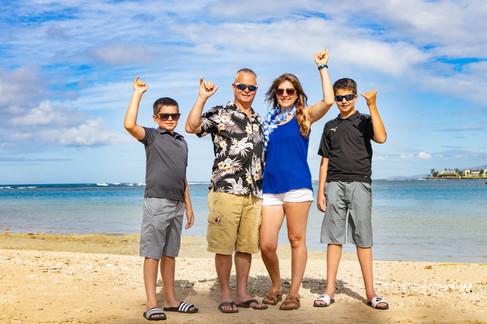 hawaii family photography ideas, Ala Moana Beach