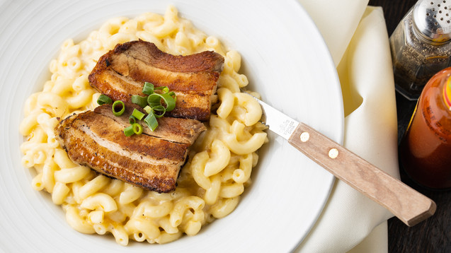 Mac & Cheese + Pork Belly, hawaii food photographer