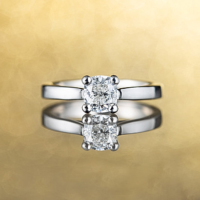 white gold wedding ring, hawaii jewelry photography