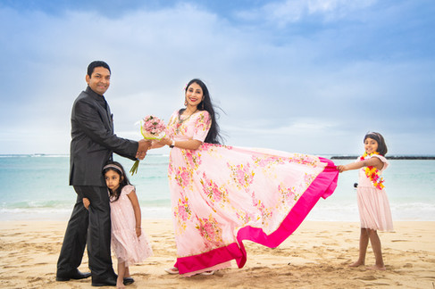 hawaii family photography ideas, Ala Moana Beach Park,  permit required in advance for photography