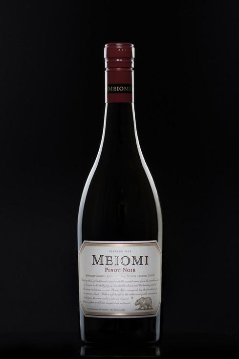 Meiomi Pinot Noir, hawaii food photography