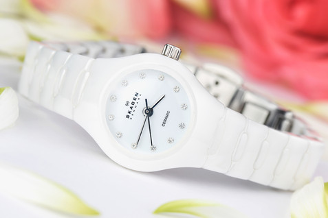 White ceramic watch, , hawaii product photography