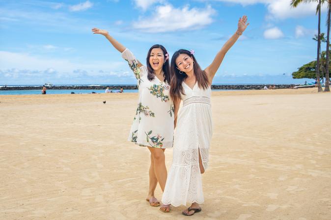 hawaii family photography ideas,  Duke Kahanamoku Beach Waikiki Hilton Lagoon