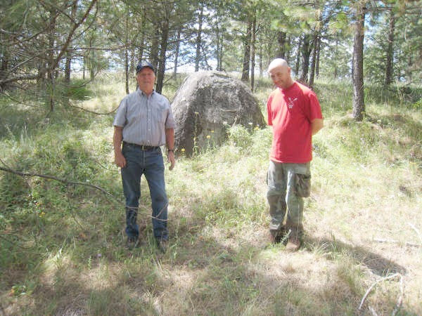 Judge Wynecoop and archeologist Kevin Lyons explored the Mott easement for Indian sites