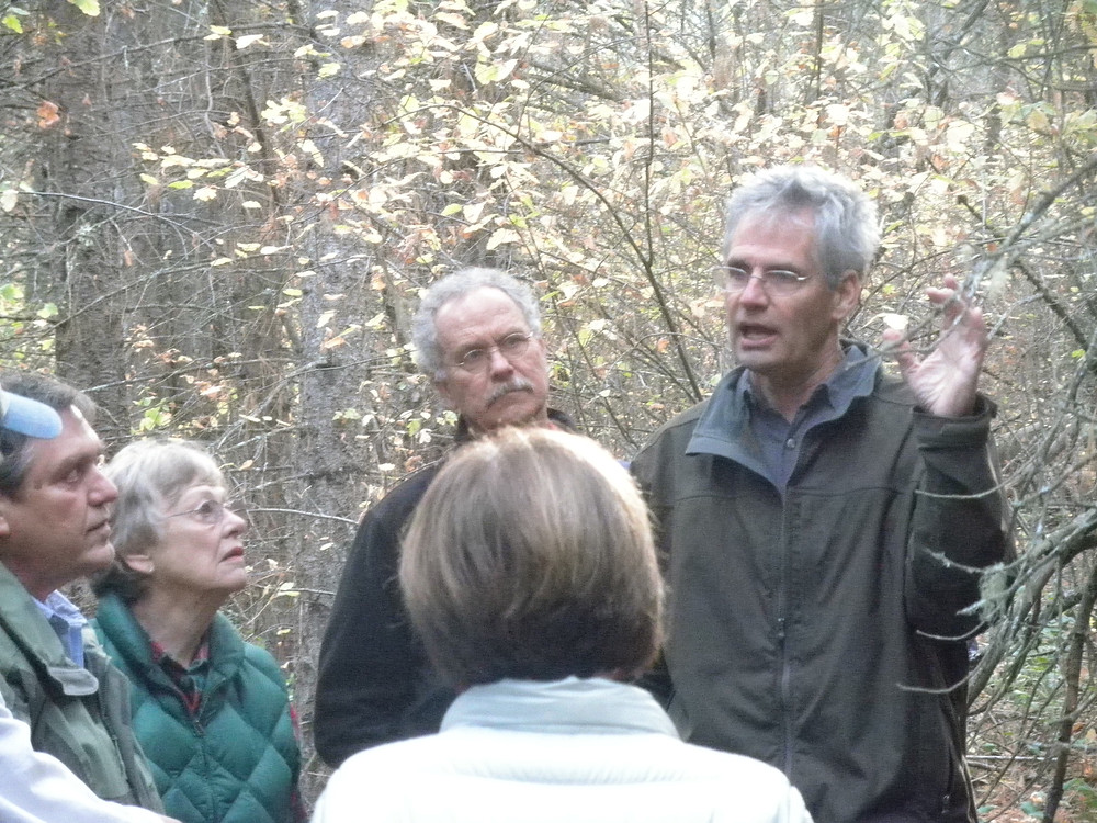 Steve Box and Jack Nisbet led a geology/natural history tour.