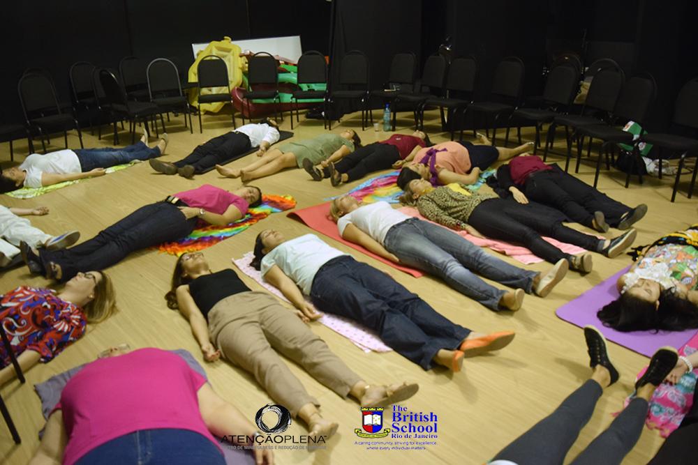 Treinamento de Mindfulness na Escola Britanica 2015 7