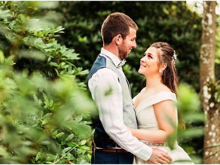 SADIE & JOE'S BEAUTIFULLY RELAXED COUNTRY HOUSE WEDDING AT THE HEATHER GLEN | CUMRBIA