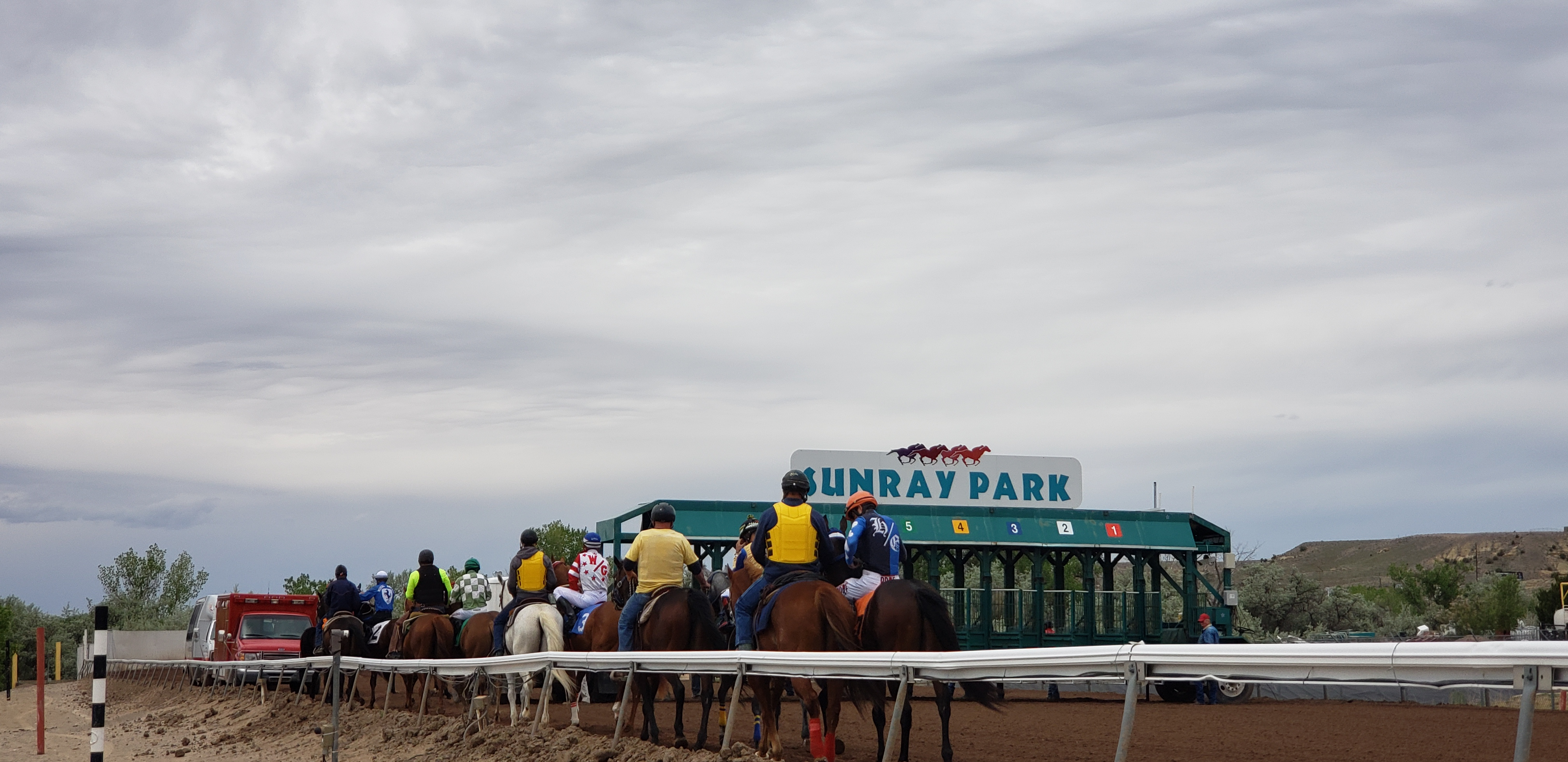 LIVE RACING & SIMULCAST | Casino | United States | SunRay