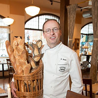 Owner-Gene-%20Webb-bread-NSB_edited.jpg