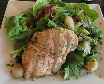 Sliced-chicken%20-with-salad-NSB_edited.
