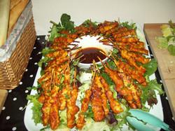 Chicken satay salad with dip