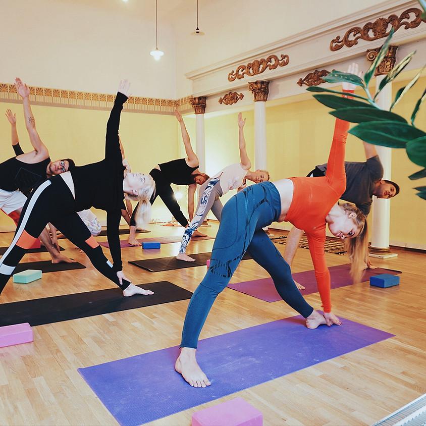 Follow The Yogi - Vaikne jooga - Silent Yoga