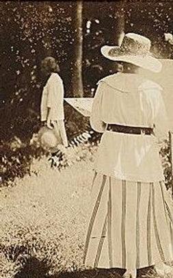 Women at easel.jpg